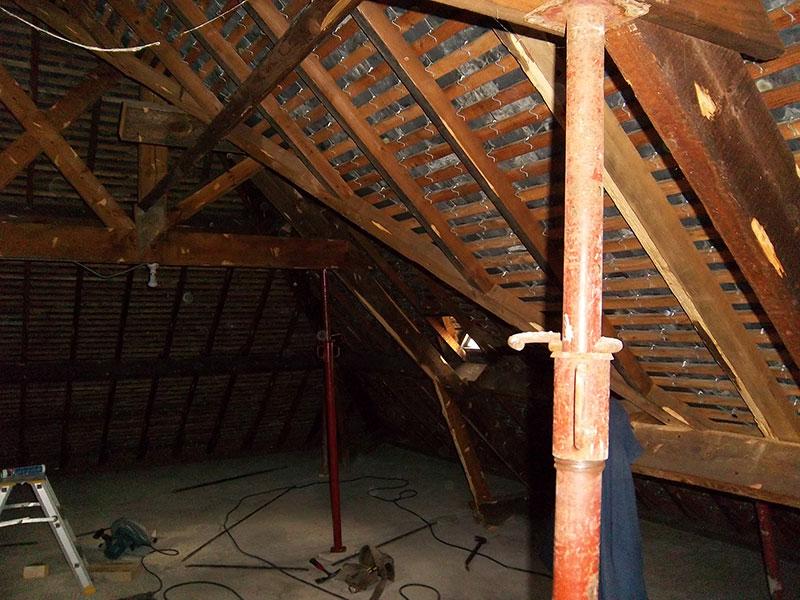 R hausse d 39 une toiture compl te saint lunaire 35 for Combien coute une toiture complete